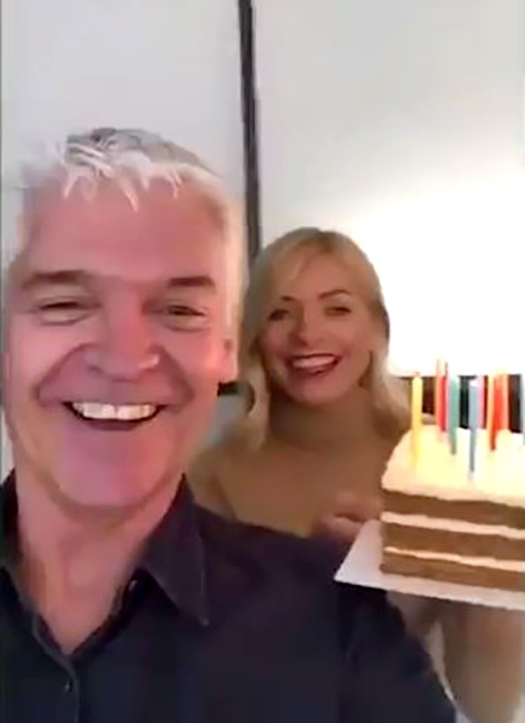 Dec joins Phil Schofield for boozy lunch, but Ant is nowhere to be seen Provider: Snapchat Source: https://www.thesun.co.uk/tvandshowbiz/8772276/phillip-schofield-holly-willoughby-dec-donnelly-boozy-lunch-ant-mcpartlin-miss/