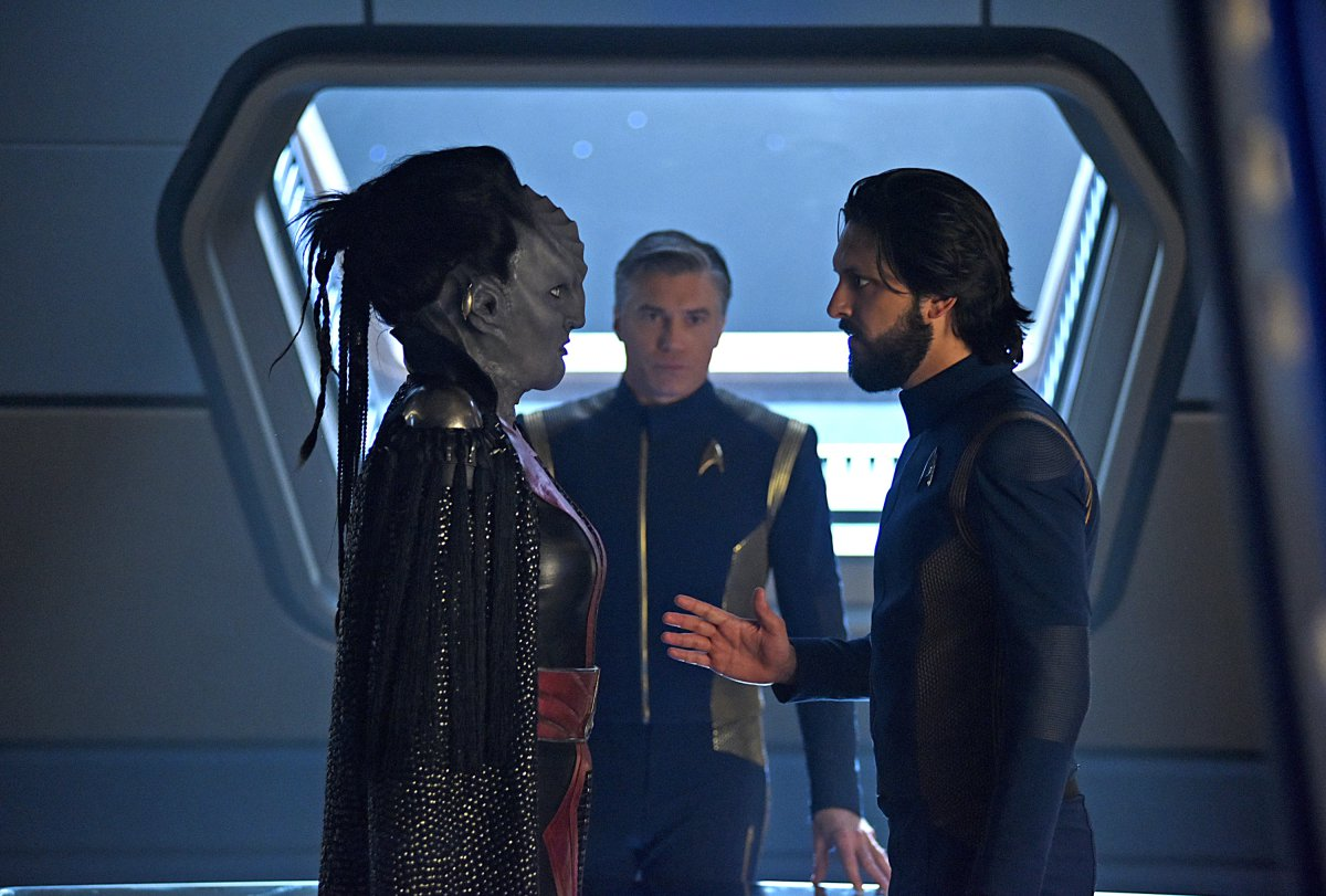 Star Trek Discovery writers address continuity conflict with Next Generation Still from - Star Trek: Discovery - Through the Valley of Shadows (2019)