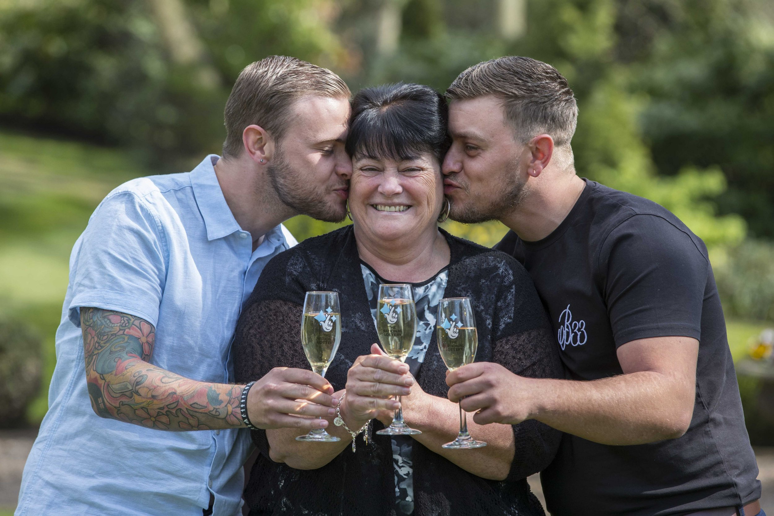Undated handout photo issued by the National Lottery of ??1m winner Paula Williamson (centre) with her two sons, Jack (left) and Ian at Wentbridge House Hotel, Wentbridge, Pontefract, West Yorkshire. PRESS ASSOCIATION Photo. Issue date: Tuesday April 9, 2019. Paula Williamson, 59, a dinner lady from Barnsley, managed to keep her ??1m EuroMillions win secret from her sons, Jack and Ian, for five weeks. She only told her 68-year-old husband, Geoff, about the news, as Jack was on holiday and she wanted to tell him and Ian together. See PA story Barnsley. Photo credit should read: Jason Roberts/National Lottery/PA Wire NOTE TO EDITORS: This handout photo may only be used in for editorial reporting purposes for the contemporaneous illustration of events, things or the people in the image or facts mentioned in the caption. Reuse of the picture may require further permission from the copyright holder.