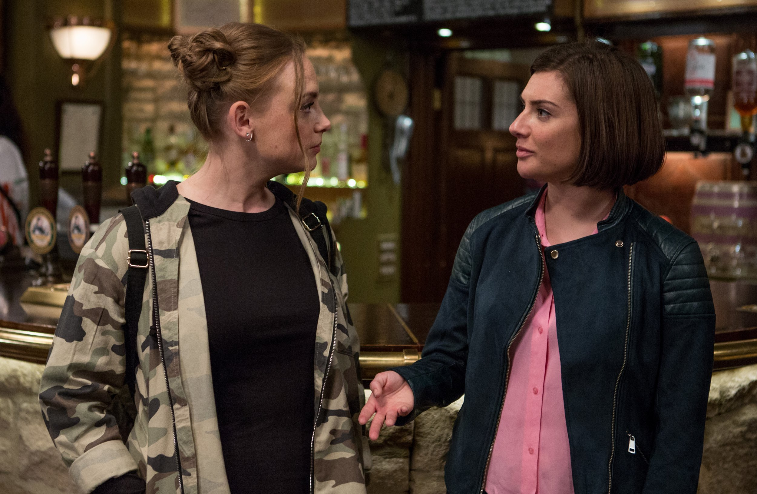 Amy (Natalie Jamieson) tells Victoria (Isobel Hodgins) to play hard to get