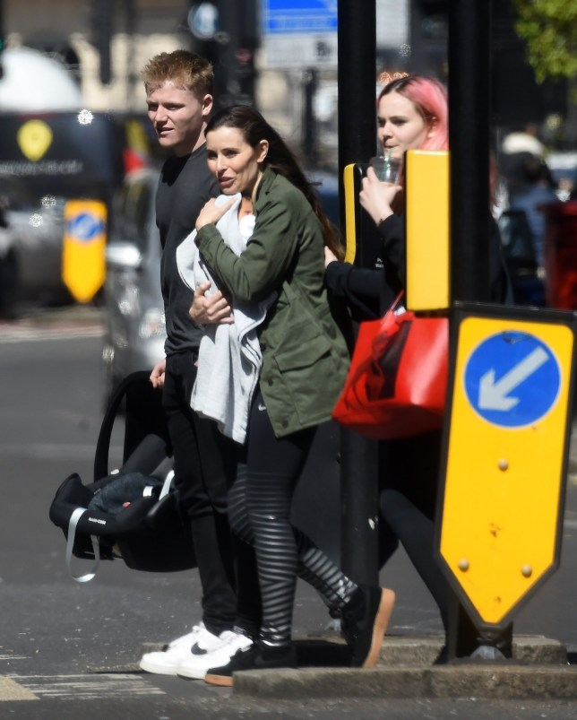 BGUK_1544960 - London, UNITED KINGDOM - *EXCLUSIVE* - The wife of the Celebrity chef Gordon Ramsay, Tana Ramsay out with the family running a few errands and seen for the first time with newly born son Oscar out in London. The 44 year old English author who recently gave birth to the couple's fifth child was spotted carrying her newborn to attend an appointment at the Westminster Registry Office. Pictured: Tana Ramsay BACKGRID UK 10 APRIL 2019 BYLINE MUST READ: Z.J / BACKGRID UK: +44 208 344 2007 / uksales@backgrid.com USA: +1 310 798 9111 / usasales@backgrid.com *UK Clients - Pictures Containing Children Please Pixelate Face Prior To Publication*