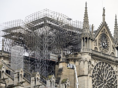 Notre Dame detectives question restorers working on spire