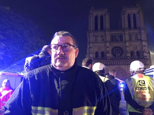 The hero who saved the crown of thorns Father Fournier, Chaplain of the @PompiersParis, went with firefighters in the Cathedral #NotreDame to save the Crown of thorns and the Blessed Sacrament... Picture: @Eloraillere https://twitter.com/Eloraillere/status/1117900607329714177