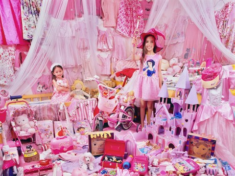 Photos capture children's entirely blue or pink possessions