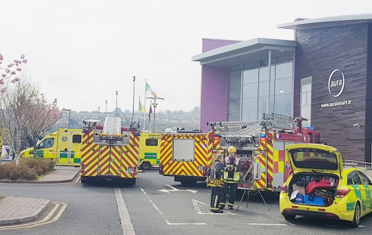 Children rushed to hospital due to 39 chemical leak in - Vomiting after swimming in public pool ...