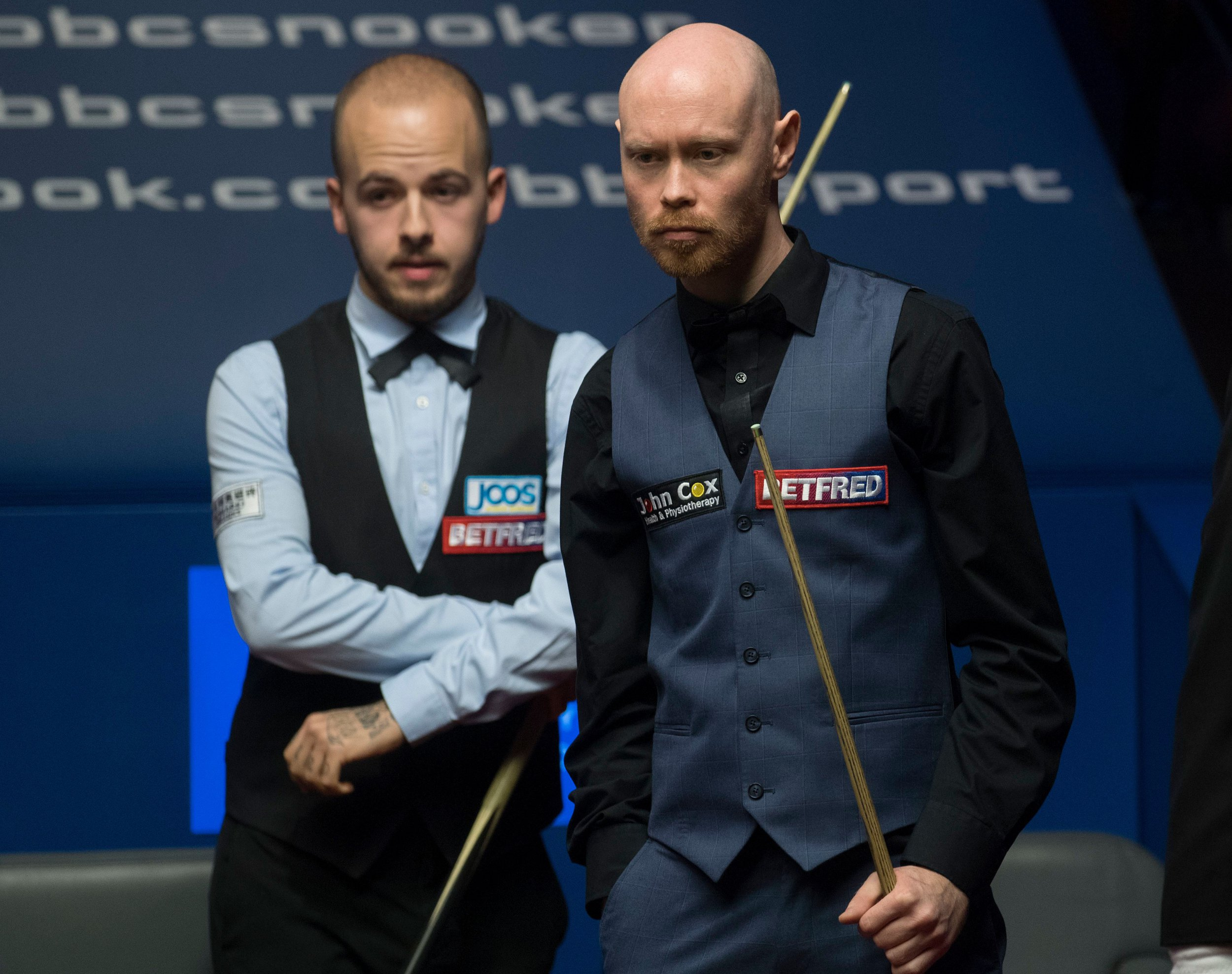 Gary Wilson reacts to winning the longest frame in Snooker World Championship history
