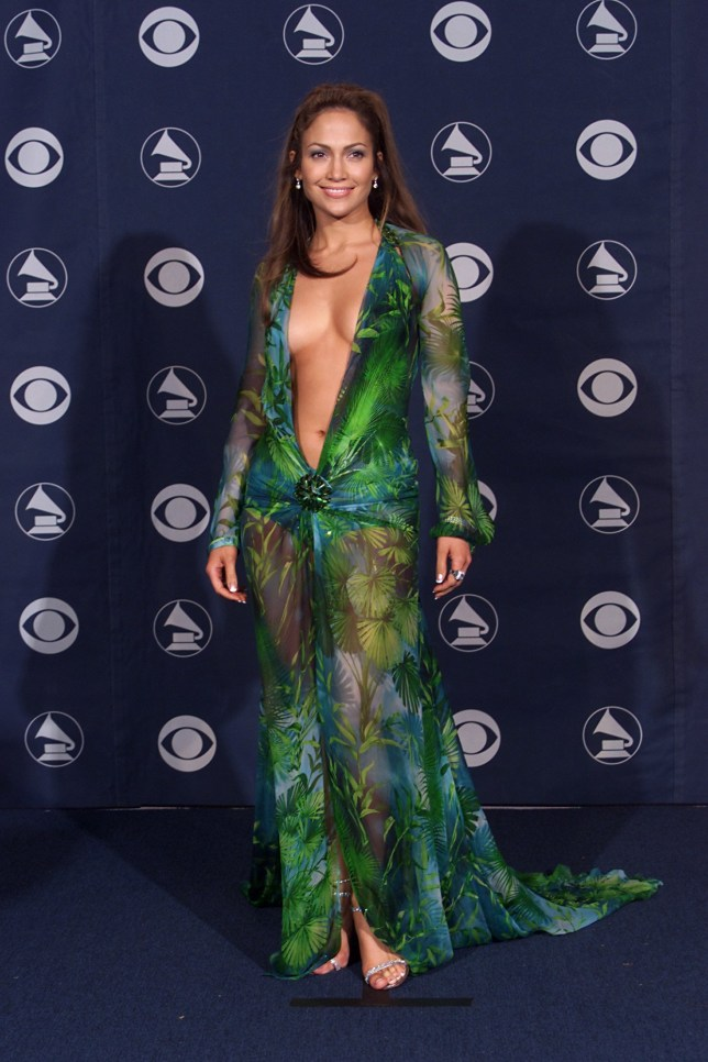Jennifer Lopez backstage at the 42nd Annual Grammy Awards at Staples Center in Los Angeles, 2/23/00. (Photo by Scott Gries/ImageDirect)