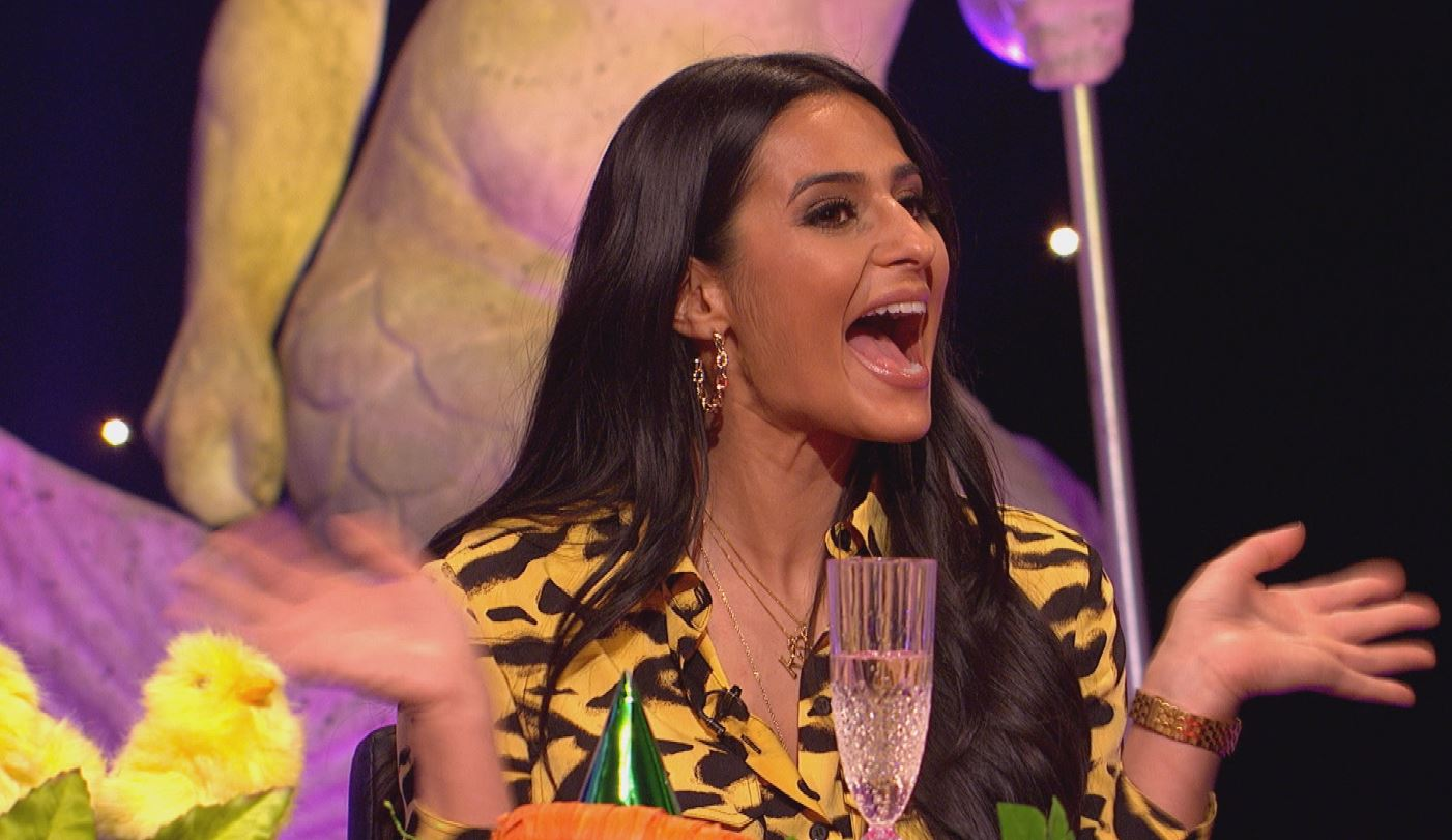 Sair Khan (Alya Nazir) gives an insight into her thoughts on her fellow cast members in Coronation Street