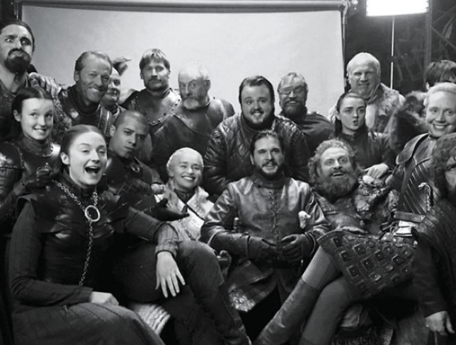 Peter Dinklage shares a behind the scenes picture of the Game of Thrones 'northern squad'