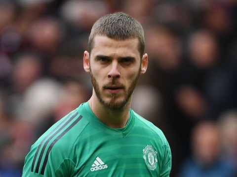 Manchester United offer £350,000-a-week contract to David De Gea