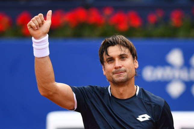 Ferrer giving a thumbs up to the crowd
