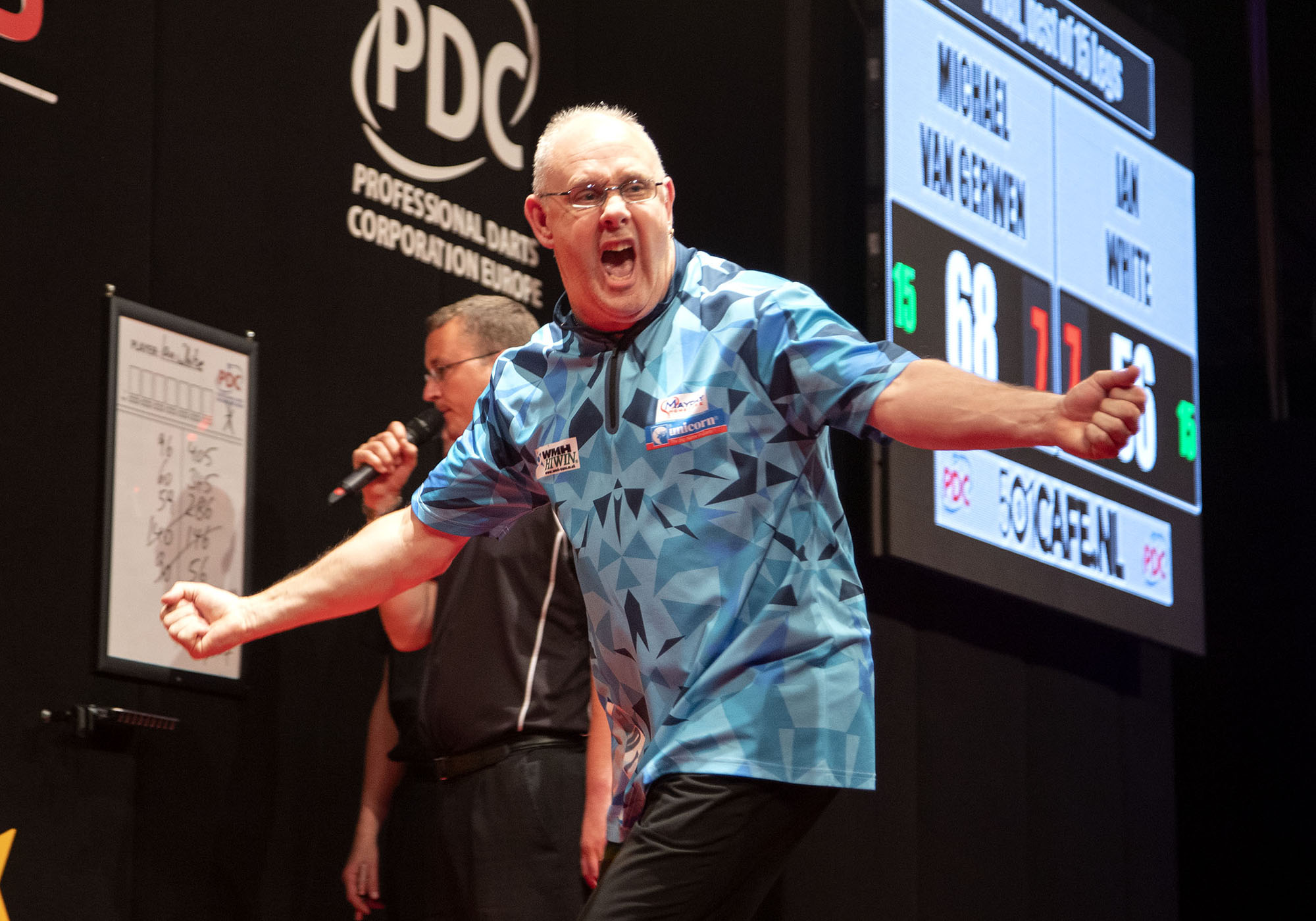 Ian White criticises 'hurtful' Dutch Darts Masters crowd after beating Michael van Gerwen for title