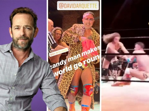 Luke Perry's son pulverises David Arquette in wrestling match dedicated to late father