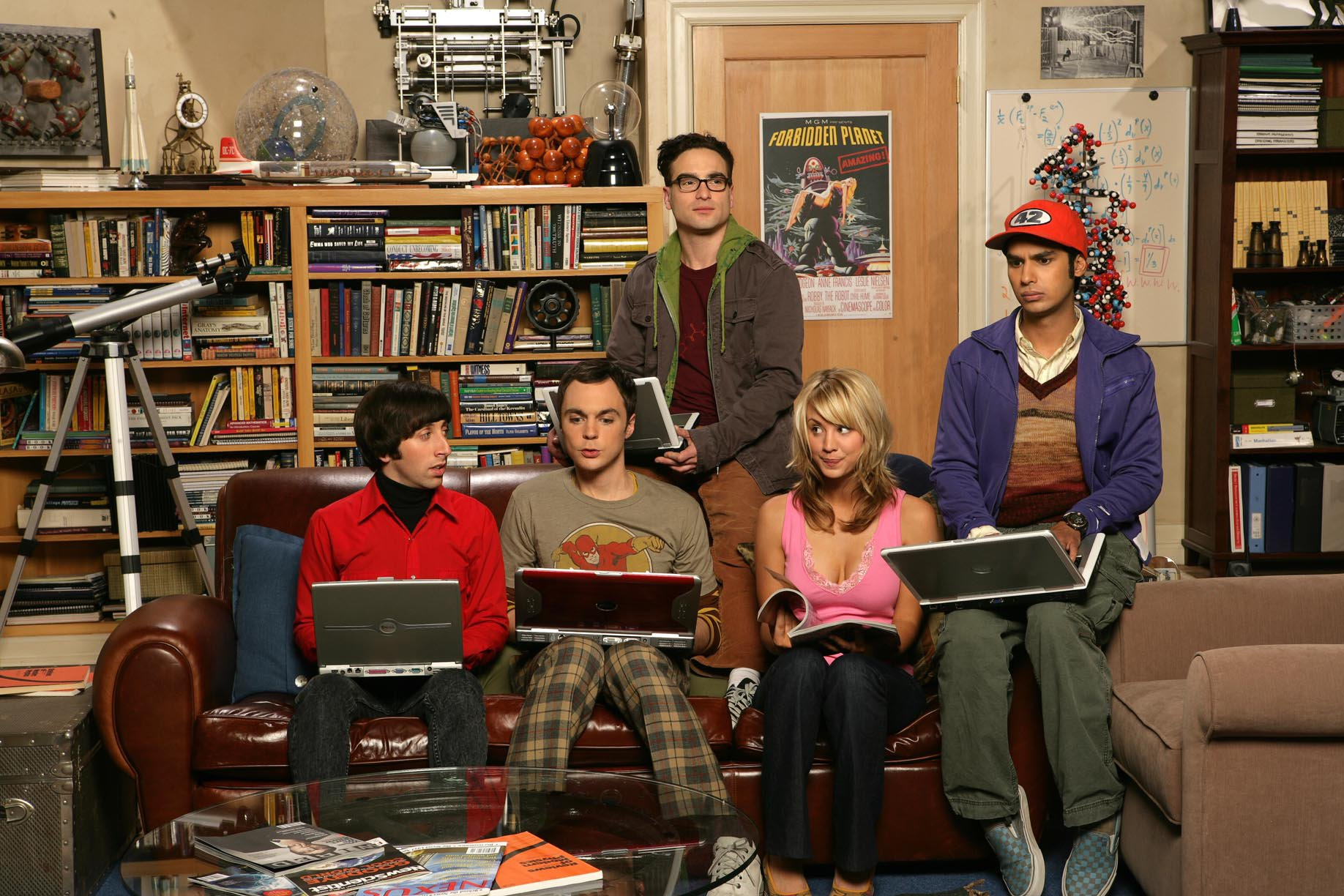 The Big Bang Theory cast in the apartment