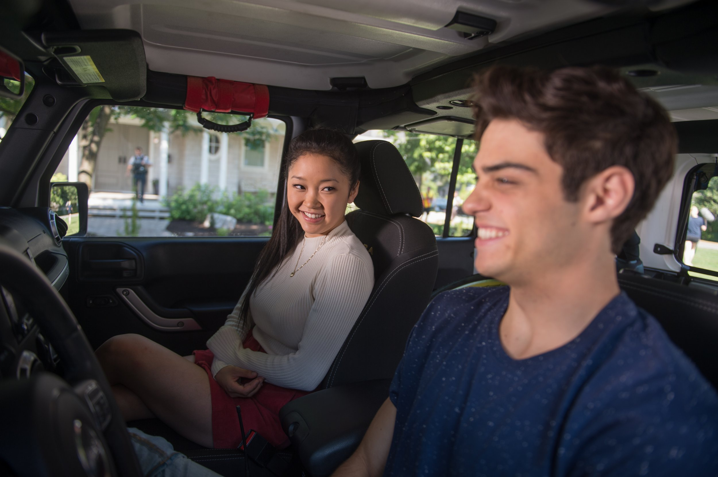 Lana Condor as Lara Jean, Noah Centineo as Peter in Netflix's 2018 film To All the Boys I've Loved Before