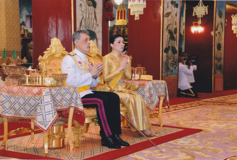 Thailand's Newly Married King Crowned In Lavish Coronation