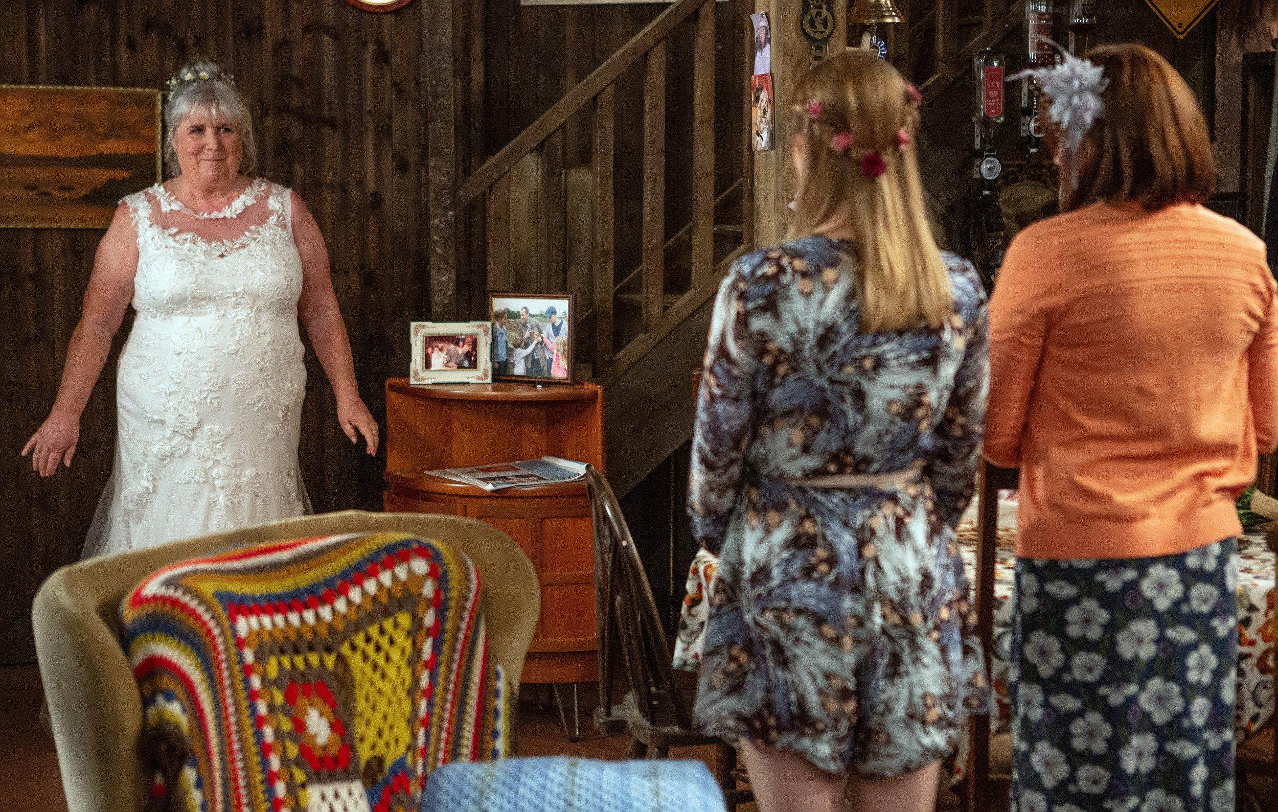Emmerdale spoilers: Jane Cox teases Lisa Dingle death aftermath
