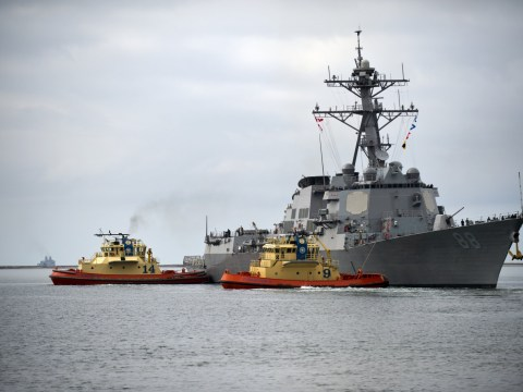 Tensions escalate as US warships sail past islands claimed by China