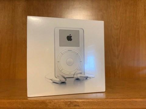 Original iPod goes on eBay for $20,000