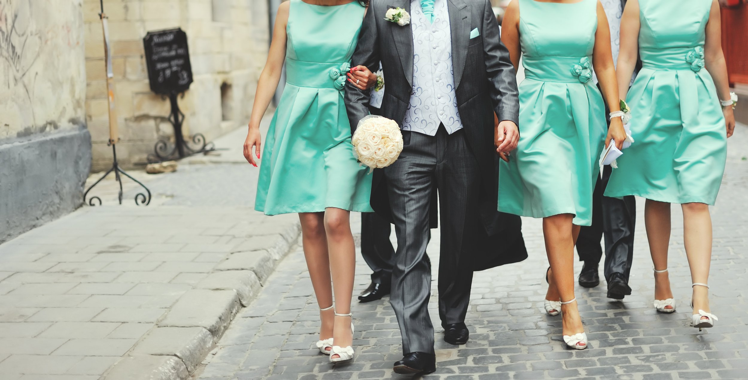 Bride and her maids cheating with best man