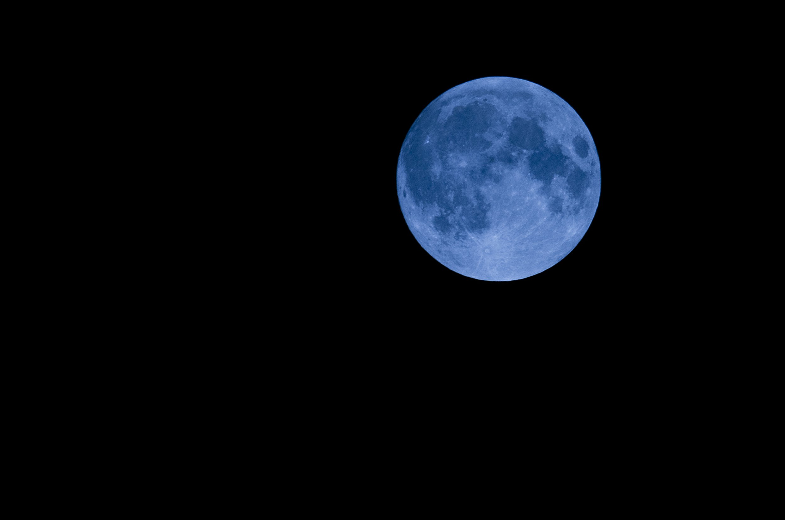 It's a blue moon, though it won't demeanour like this (PhotoAlto)