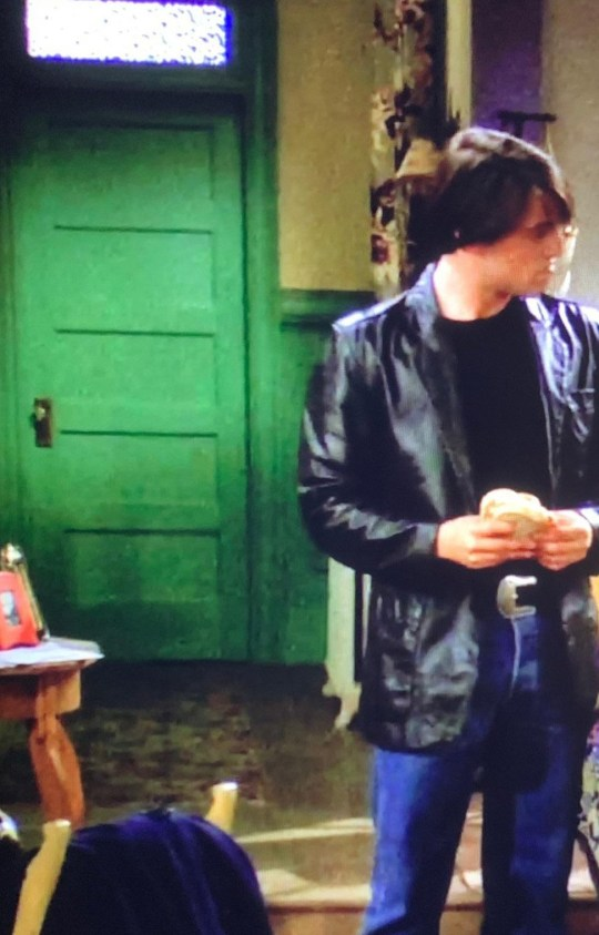 Friends viewers spot another gaffe in Monica's door - and ...