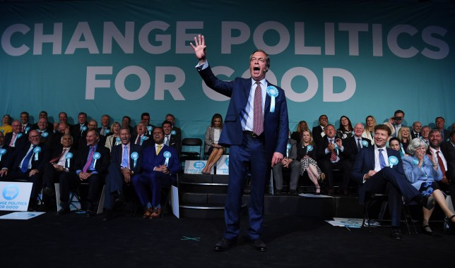epa07590273 Brexit Party leader Nigel Farage gestures as he speaks during a Brexit Party campaign event London, Britain, 21 May 2019. The European Parliament election is held by member countries of the European Union (EU) from 23 to 26 May 2019. EPA/ANDY RAIN
