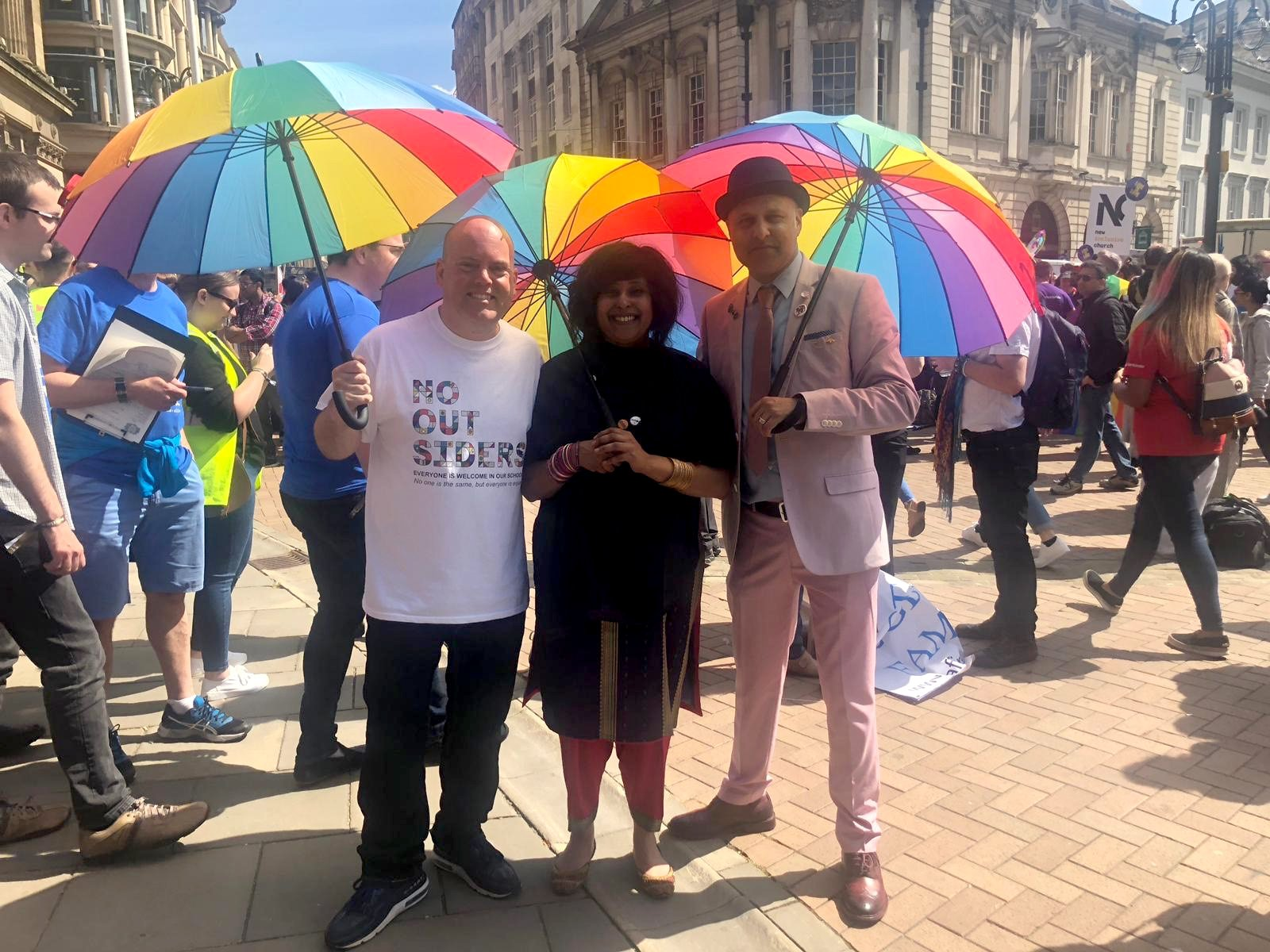 Crowds of LGBT Muslims to lead first ever pride march in history