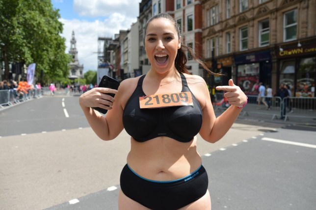 Some female runners ran the Vitality 10k 2019 in sports bras and pants , to show that runners come in all shapes all sizes and to promote body positivity The run took place in London, UK Pictured: model Jada Sezer Ref: SPL5093721 270519 NON-EXCLUSIVE Picture by: SplashNews.com Splash News and Pictures Los Angeles: 310-821-2666 New York: 212-619-2666 London: 0207 644 7656 Milan: 02 4399 8577 photodesk@splashnews.com World Rights,