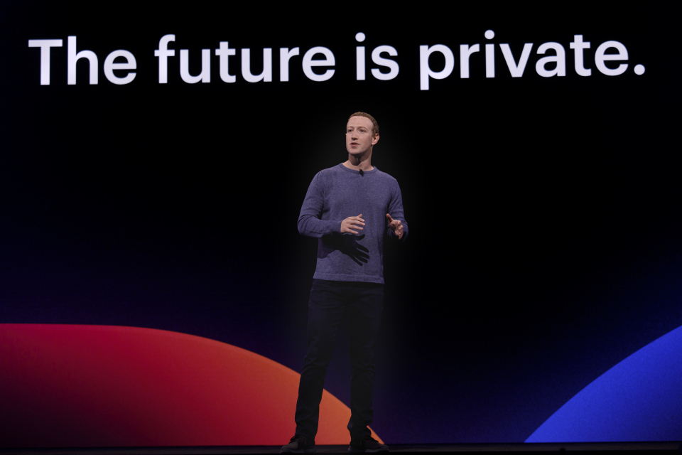 Zuck shows off his prophesy for a privacy-conscious Facebook (Image: Facebook)