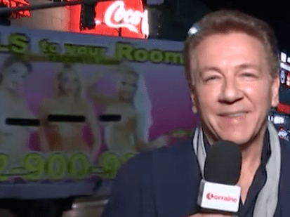 Ross King leaves us cracking up as ad for prostitutes disrupts Billboard Music Awards segment on Lorraine