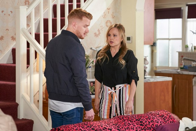 Gary confronts Sarah in Coronation Street