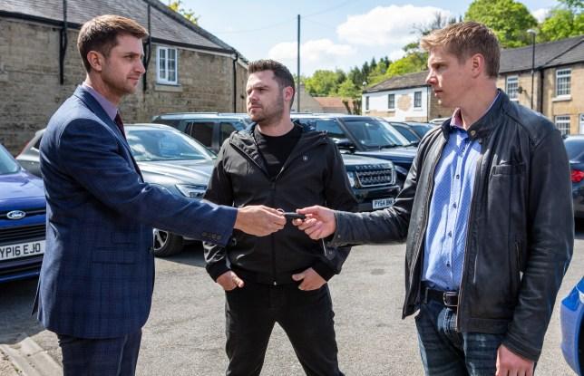 Robert confronts Lee in Emmerdale