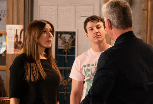 Michelle and Robert clash in Coronation Street