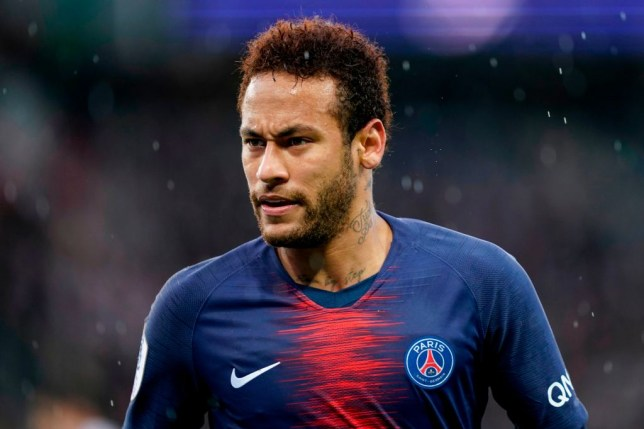 Neymar has agreed to cut his salary to force his return to Barcelona
