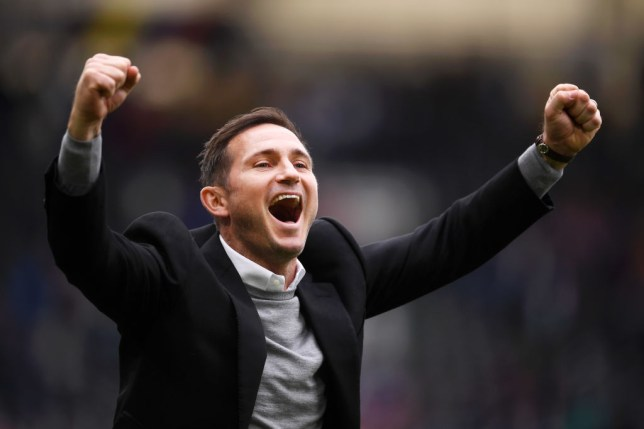 Rio Ferdinand has backed Frank Lampard to replace Maurizio Sarri