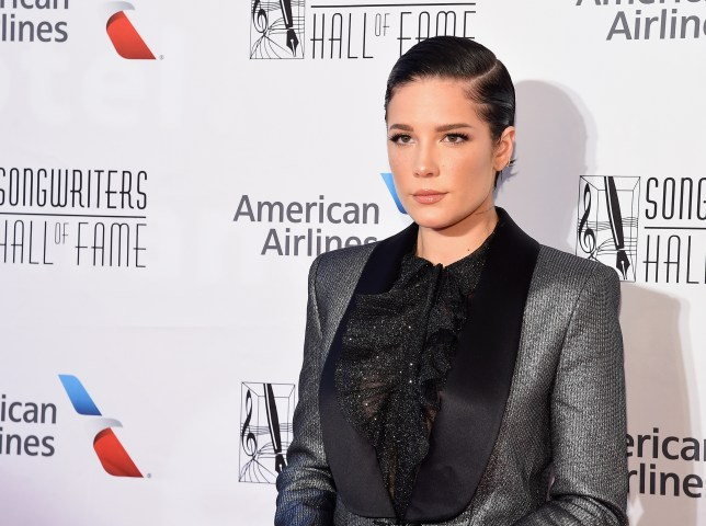 Halsey stands up for Taylor Swift on social media