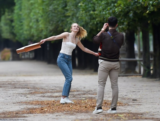 Non Exclusive Picture Paris, France - 22/06/19 Sophie Turner & Joe Jonas take a romantic walk in the park, Sophie & Joe looked over the hills in love as they walked through the Jardin De Tuileries in Paris, Sophie was seen very animated pulling faces and having fun with her husband. Neil Warner ?New Media Images +44 7980 691434 neil@newmediaimages.co.uk info@newmediaimages.co.uk newmediaimages.co.uk