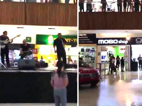 Band plays Titanic theme song as shopping centre floods