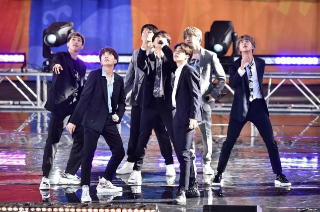 "NEW YORK, NY - MAY 15: RM, J-Hope, V, Jungkook, Jimin, Suga, and Jin of BTS perform on ""Good Morning America"" on May 15, 2019 in New York City. (Photo by Bauzen/GC Images)"