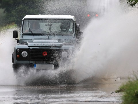 How to drive safely in rain and flooding