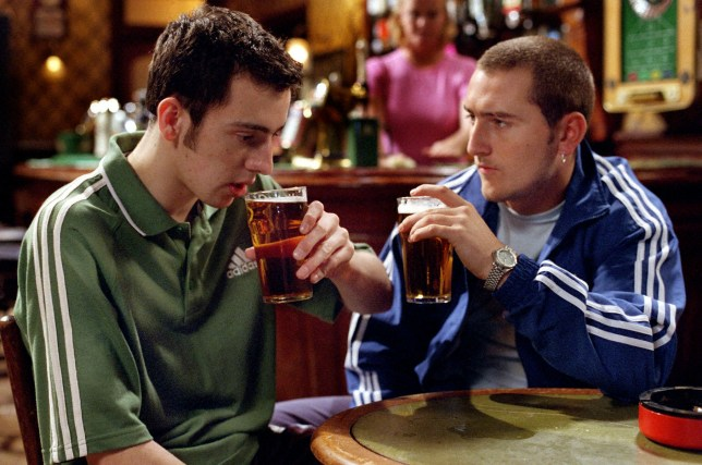 """TELEVISION PROGRAMME......TWO PINTS OF LAGER AND A PACKET OF CRISPS...Picture Shows: Jonny (RALF LITTLE) and Gaz (WILL MELLOR) TX: BBC TWO, Monday, March 19, 2001 Ralf Little, Will Mellor, Natalie Casey and Beverley Callard head the cast of the UK's fir """"19-something"""" sitcom for BBC TWO, in which the characters are young, gifted and skint. WARNING: This copyright image may be used only to publicise current BBC programmes or other BBC output. Any other use whatsoever without specific prior approval from the BBC may result in legal action. ...BBC TWO Unmanipulated picture Monday, March 19, 2001"""