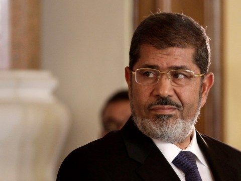 Egypt's ousted president collapses and dies during court trial