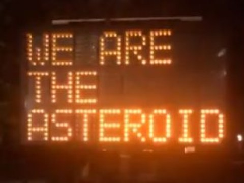 Confused traffic warning sign thinks its an asteroid