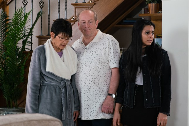 Geoff controls Yasmeen in Coronation Street