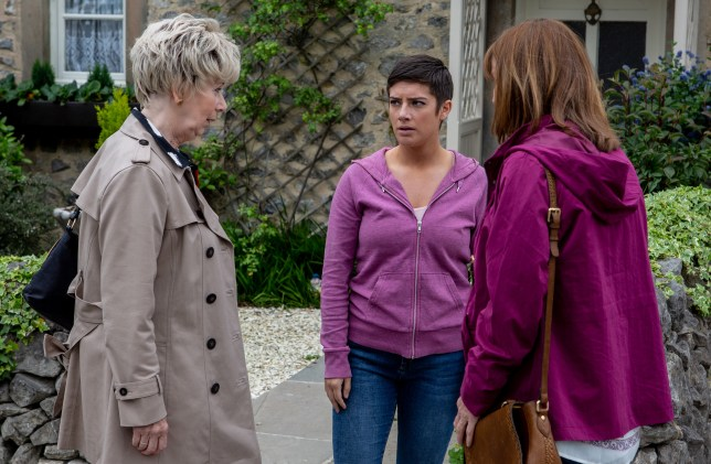 Victoria and Diane are confronted by Wendy in Emmerdale