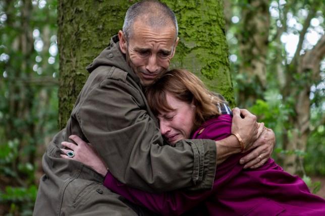 Lydia breaks down on Sam in Emmerdale