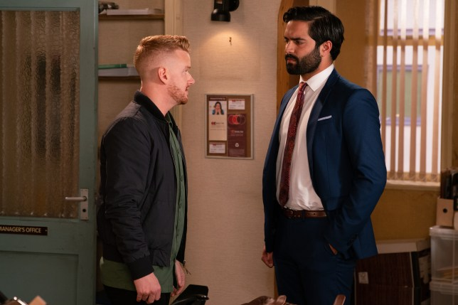 Imran and Gary square up in Coronation Street
