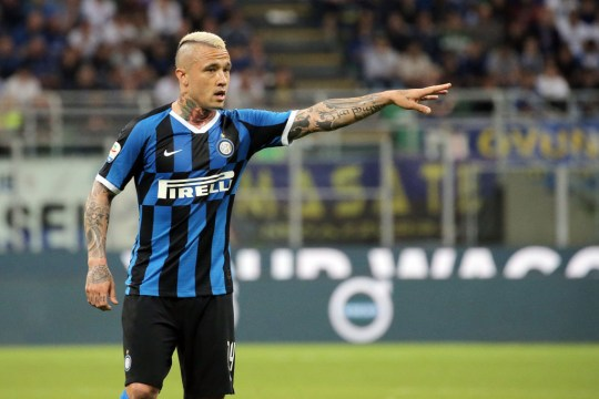 Radja Nainggolan has been offered to Manchester United by Inter