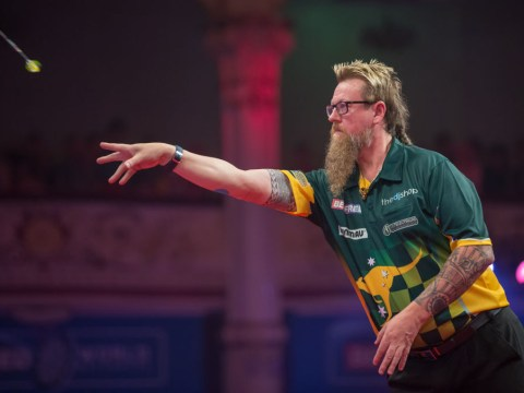 Simon Whitlock reveals injury woes despite World Matchplay first round win